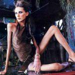 Во Франции запретили нанимать на работу слишком худых моделей в рамках борьбы с анорексией