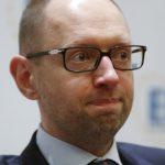 Украинцы обвиняют премьера в падении экономики страны