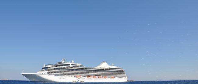Лайнер Oceania Riviera