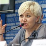 Украиноязычные и русскоязычные патриоты строят две разные Украины