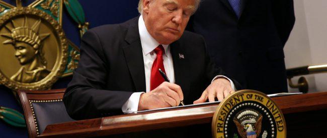 Указ Трампа о мигрантах