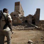 Бои в Йемене между правительственными войсками и хуситами привели к десяткам жертв