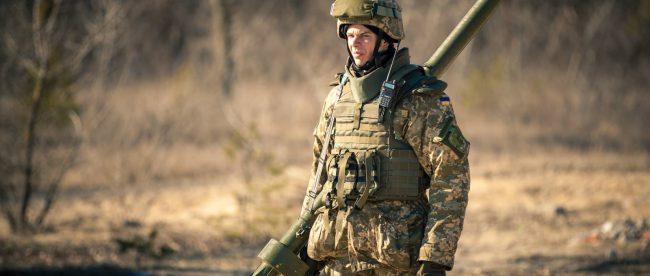 Зарплата военным в 2017 году в Украине