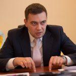 Максим Мартынюк ворует в один клик без тени стеснения