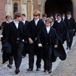 В школах Англии родителей чаще просят финансировать школьные бюджеты