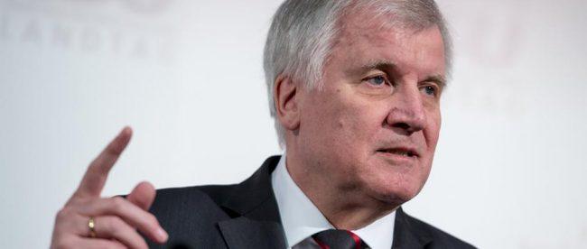 Нынешний премьер Баварии Хорст Зеегофер