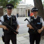 Двух мужчин арестовали за ножевой нападение в Peckham Rye