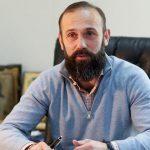 Судья Артур Емельянов потратил на празднование 362 тыс. гривен во время расстрела Небесной Сотни