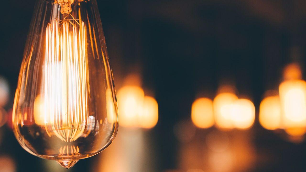 Тарифы и цены на электроэнергию в 2018 году для населении в Украине
