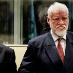 Во время заседания Гаагского трибунала один из осужденных выпил яд