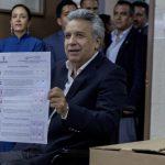 Референдум в Эквадоре запретил президенту занимать пост более двух сроков