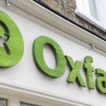 Британское правительство обещает прекратить финансирование Oxfam из-за секс-скандала