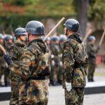 Немецкая спецслужба расследует более 400 случаев экстремизма в армии