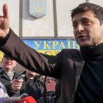 Социальные сети Зеленского: позитивчик, агитация от Азарова и фейковая социология