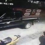 В Мексике мэра города привязали к машине и протащили по улицам