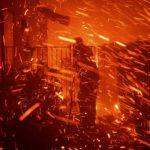 Около 100 тыс человек эвакуированы из-за пожаров в Лос-Анджелесе