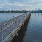 В Киеве просел мост Патона. Движение ограничат