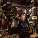 Пожар в Одессе: спасатели продолжают искать людей под завалами