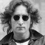 Очки Джона Леннона продали на аукционе за 183 тыс долларов