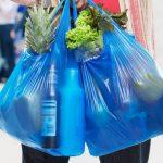 Китай решил запретить пластиковые пакеты и трубочки