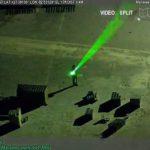 В США мужчина ослепил пилота лазером прямо во время посадки самолета