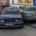 На Московском проспекте пьяный водитель BMW снес три припаркованные иномарки
