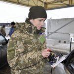 На КПВВ Донбасса в очередях насчитали 270 машин