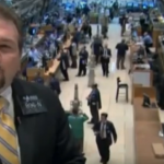 Коронавирус обвалил индекс Dow Jones