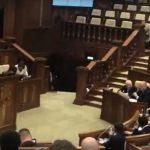 «Плохому Додону послы мешают»: лидеру Молдовы ответили на обвинения послов ЕС