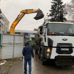 Новогоднюю елку Покровска, которая стоила городу миллион, увезли в неизвестном направлении