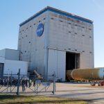 NASA задерживает работу над лунной ракетой из-за пандемии коронавируса