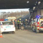 На окружной водитель Audi врезался в опору моста