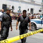В Тунисе 2 мотоциклиста подорвали себя возле посольства США: есть и другие пострадавшие