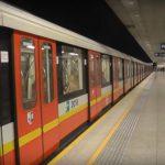 Варшава решила не останавливать метро