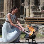 В Греции зажгли огонь Олимпийских игр-2020. Церемония прошла без зрителей