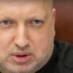 Турчинов о побеге Януковича: Аваков и Наливайченко вылетели за ним в Крым