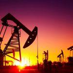 $26 за баррель: цена на нефть показывает рекордное падение с 2003 года