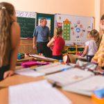 Карантин — не каникулы: правительство запустило сериал о дистанционном обучении