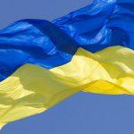 Украинские города вводят массовые ограничения и закрывают все общественные места