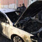 На Жасминовом бульваре второй раз за месяц загорается Volkswagen