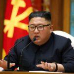 Ким Чен Ын «жив и здоров». Он предположительно находится на морском курорте