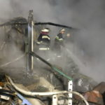 В Изюме во время пожара один человек погиб, еще один пострадал
