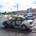 Около «Будмена» на проспекте Льва Ландау сгорела легковушка (фото)