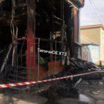 На «Барабашово» сгорели два двухэтажных магазина