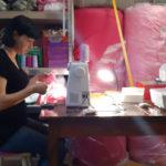 Переселенка из Донецка создала на Луганщине бизнес по пошиву пижам кигуруми: фото