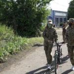 Жители Славянска и Лимана подарили сыну погибшего участника АТО велосипед