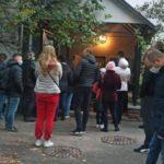 В Киеве показали очереди в лабораторию за тестом на коронавирус