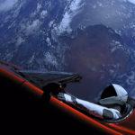 Электрокар Tesla впервые сблизился с Марсом