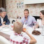 Провокаторше Геращенко заткнули рот несколькими фото Порошенко