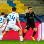 «Динамо» разгромно проиграло «Барселоне» в Киеве и лишило себя шансов на выход в плей-офф Лиги чемпионов